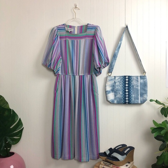 Vintage Dresses & Skirts - Vintage '70s Leslie Fay Dress >> M-L
